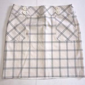 🌿LOFT Gorgeous Plaid Skirt